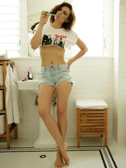 Lauren Cohan3