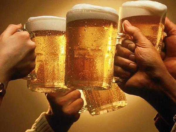 brinde-canecas-cerveja