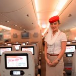 Assistente de bordo revela bastidores da vida nos aviões
